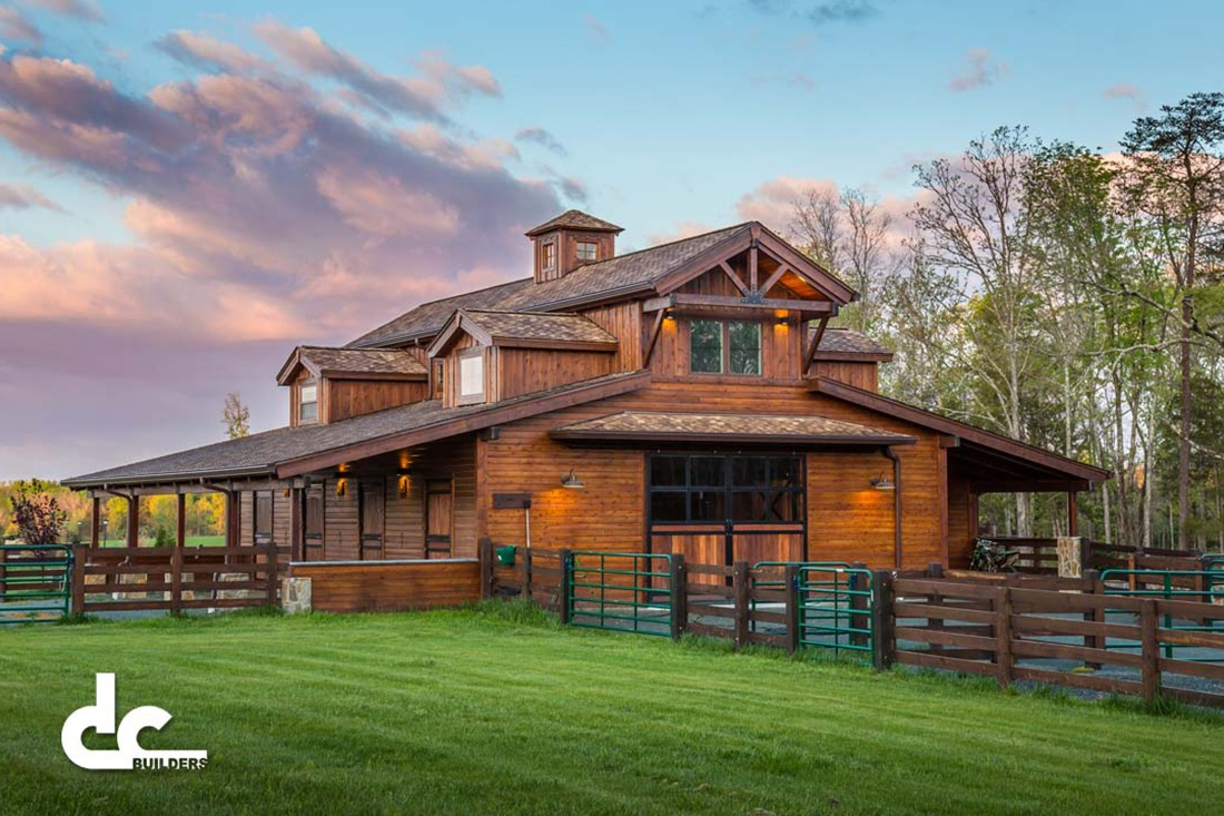Florida barn builders dc builders for Homes with barns