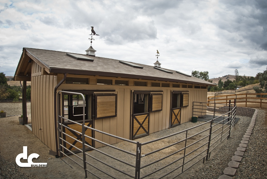 San jose shed row barn project dc builders for 3 stall horse barn plans