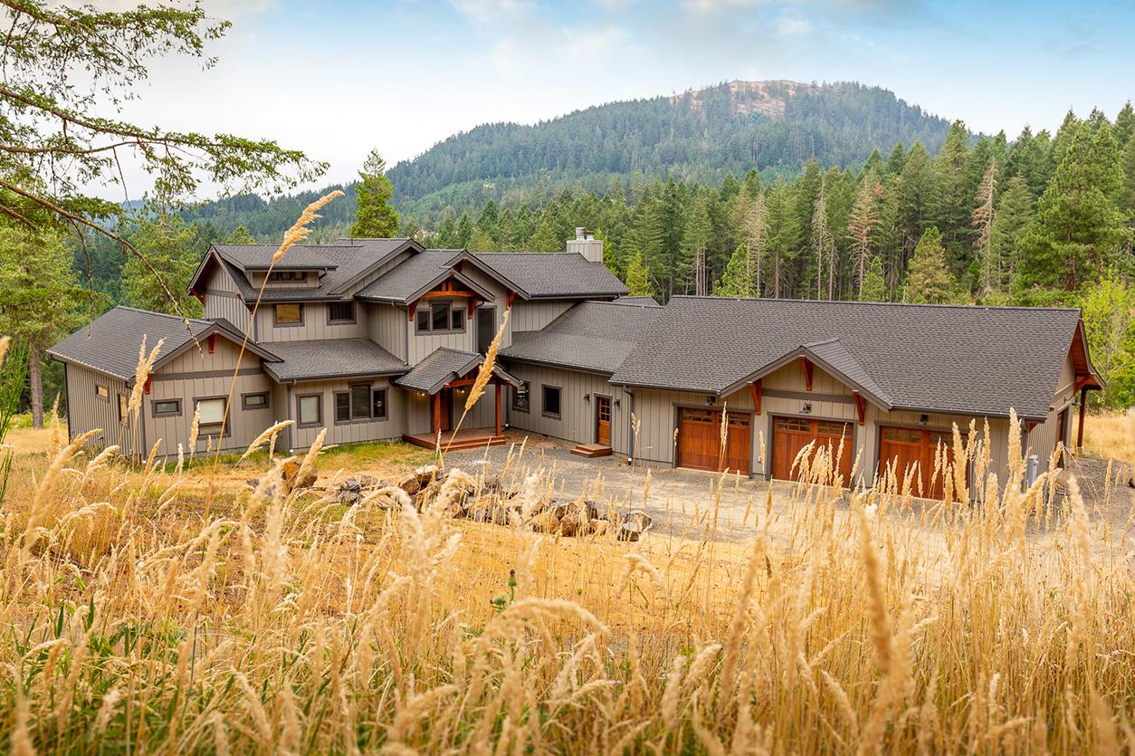 Eugene Oregon Custom Home Project Dc Builders